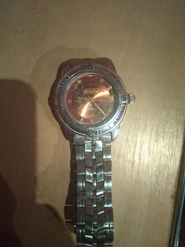 Часы Vostok в хорошем состоянии.
