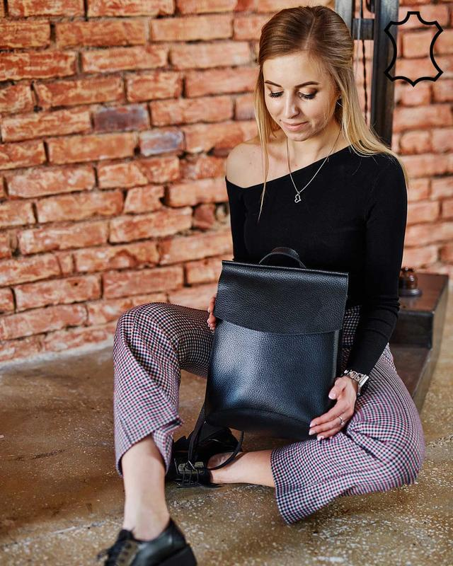 Кожаная сумка рюкзак молодежный черного цвета - Фото 5