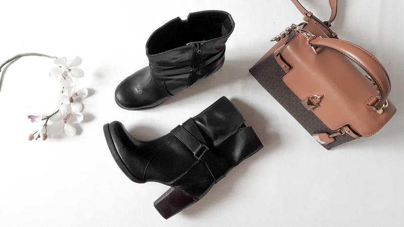 Черные кожаные ботинки reserved натуральная кожа осенние полус...