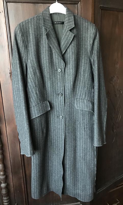 Серое легкое шерстяное осеннее пальто без подкладки Riani