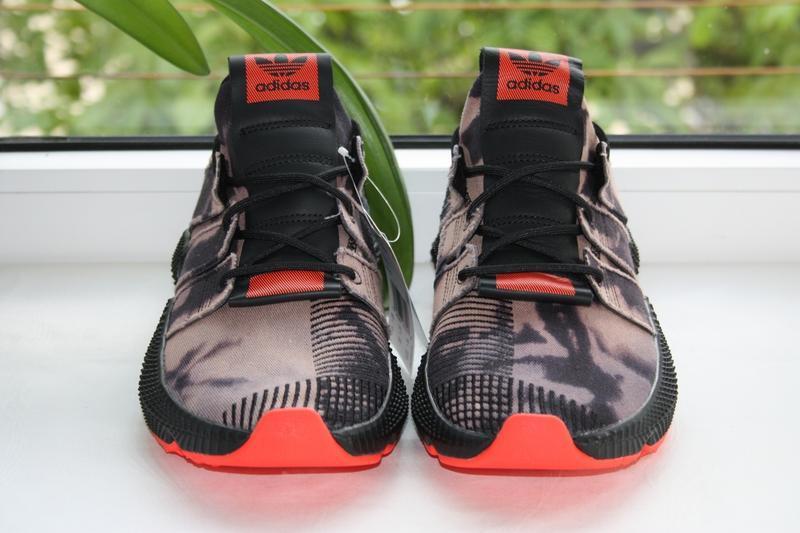 Фірма - кроссовки adidas prophere bleached.