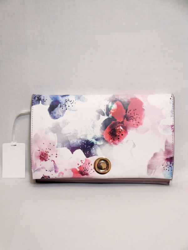 Новая стильная сумка через плечо от бренда zarina