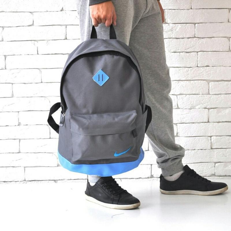 Молодежный городской спортивный мужской рюкзак