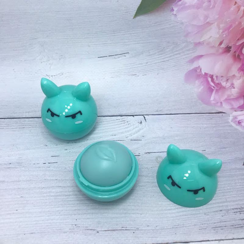 Веселенький бальзам-шарик для губ,зеленый к.4016