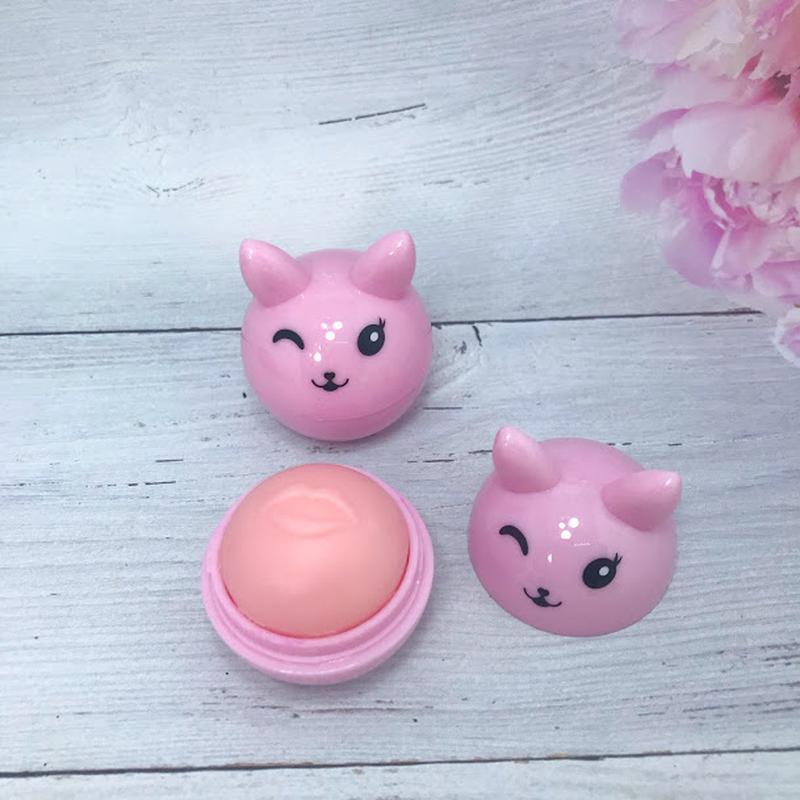 Веселенький бальзам-шарик для губ,светло-розовый к.4016