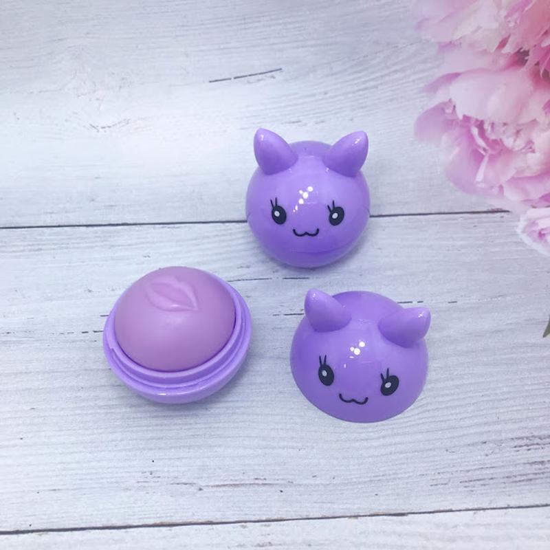Веселенький бальзам-шарик для губ,фиолетовый к.4016