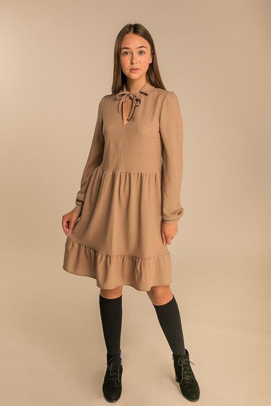 Нежное женское свободное платье