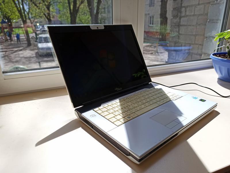 Ноутбук Fujitsu Siemens Pi 3540 (Intel 2x2.16GHz/RAM 2Gb/HDD 320G