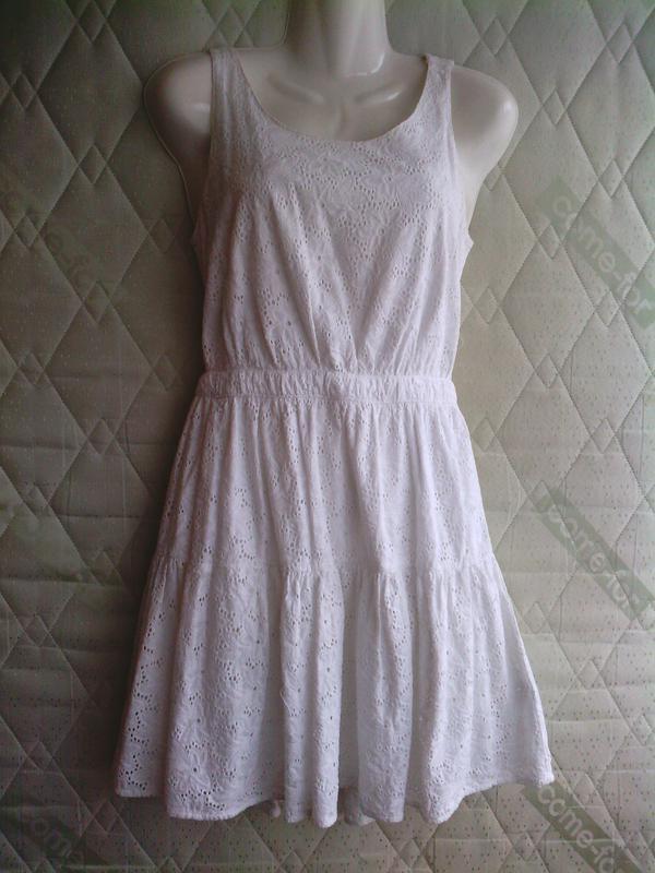 Белое платье, сарафан, оголенная спина