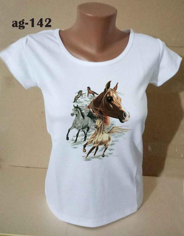 Футболка женская с принтом лошади