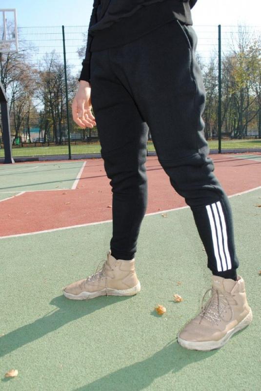 Штани утеплені чорні з рефлективний лампасами Adidas - Фото 2
