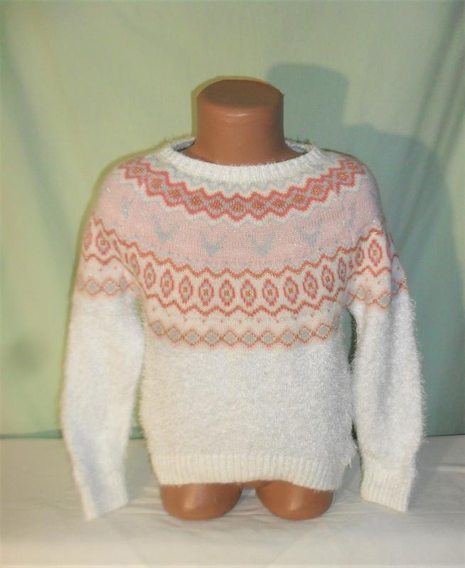 Теплый свитер на 5-6лет