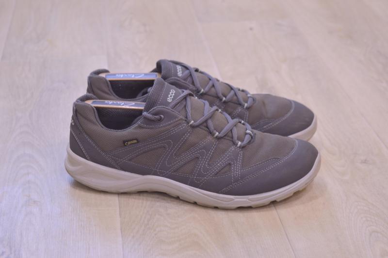 Ecco  женские кроссовки осень оригинал 26.5 см