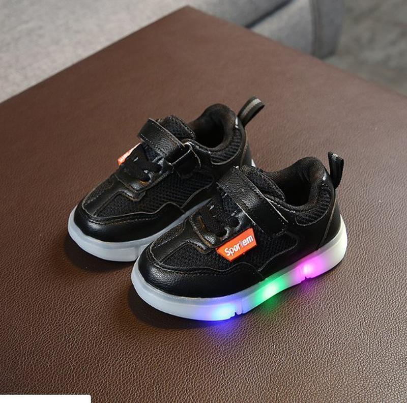Кроссовки светятся led лампочки модные