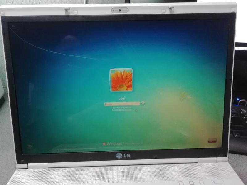 Ноутбук LG E500