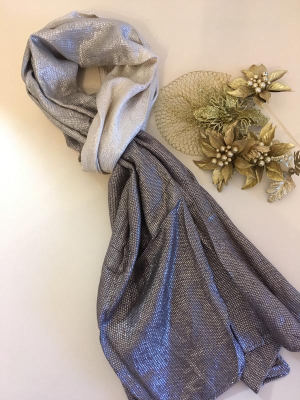 Серебряный шарф трехцветный , шаль, шарфик