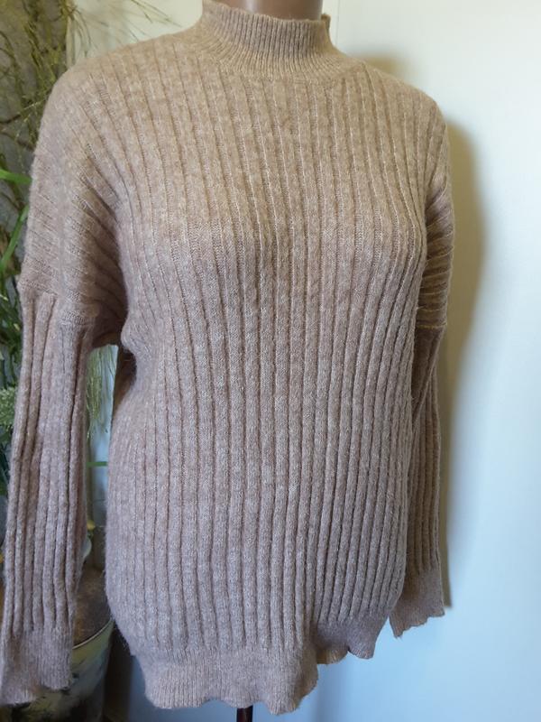 Классический теплющий свитер