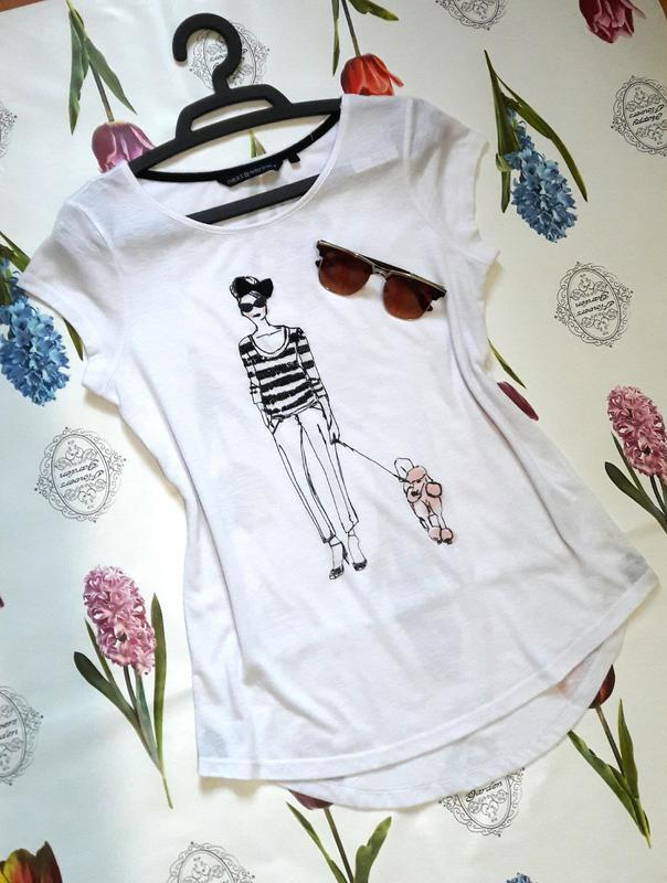 Классная футболка с девушкой  от next