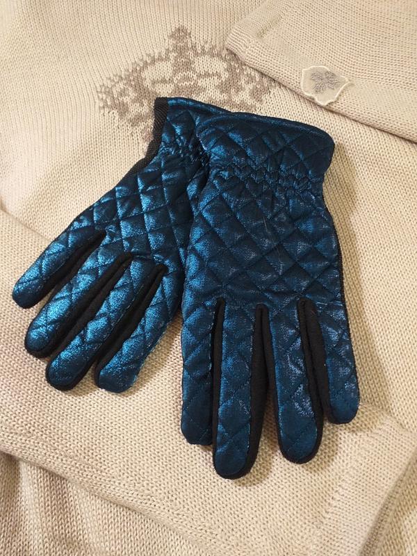 Красивые стеганые перчатки на меху