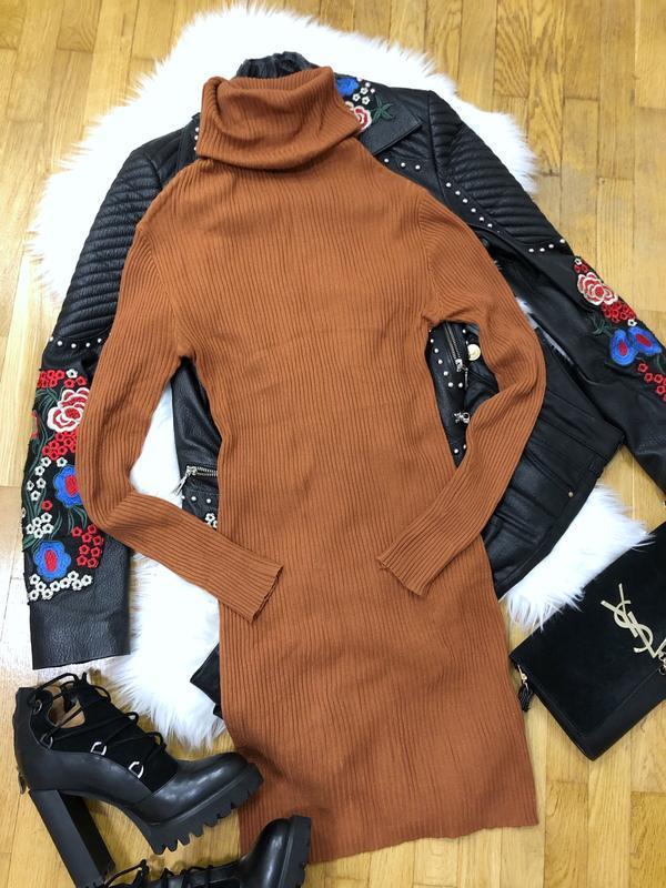 Платье чулок теплое гольфом коричневого цвета размер s-m-l