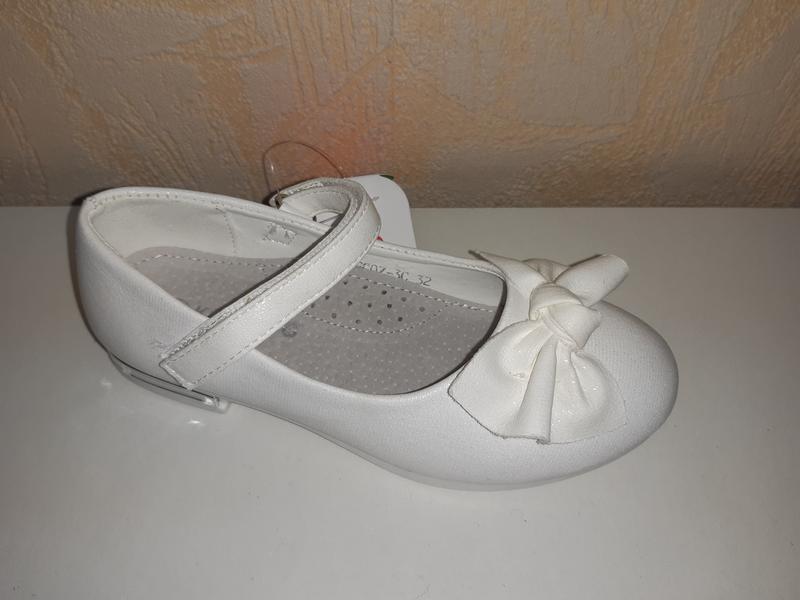 Белые туфли на девочку 32-37 р kimboo