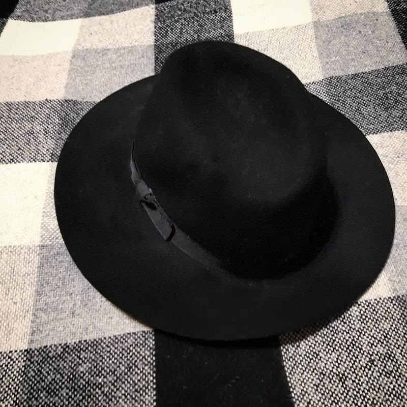 Продам шляпу от stradivarius