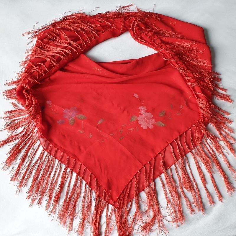 Большой красный платок, палантин