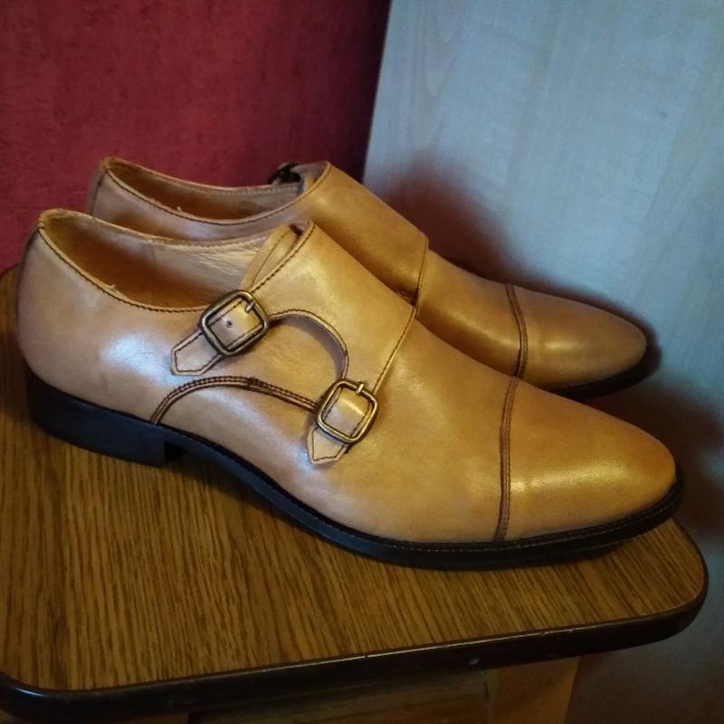 Качественные брендовые кожаные туфли