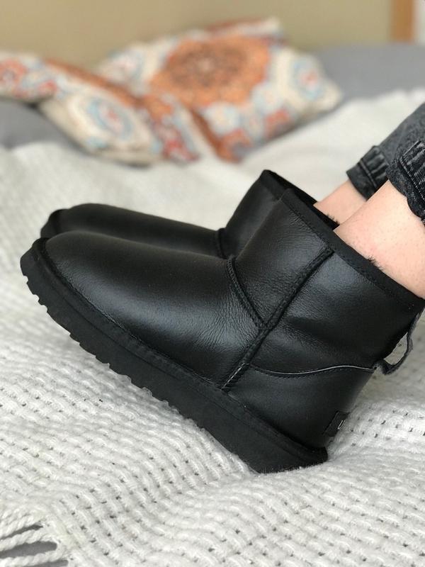 Ugg australia black! женские кожаные зимние угги/ сапоги/ боти...
