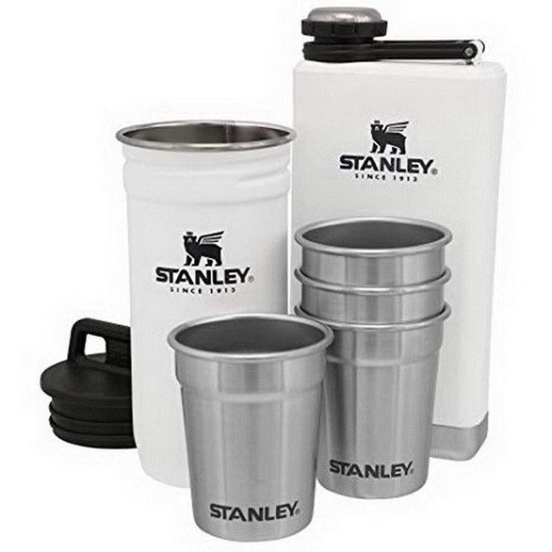 Набор Stanley Adventure. Фляга, 4 рюмки и «колба» для рюмок.