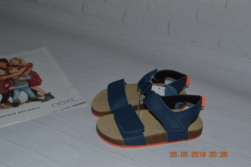 Нові шкіряні сандалі next розм. з 23 по 28 в наявності