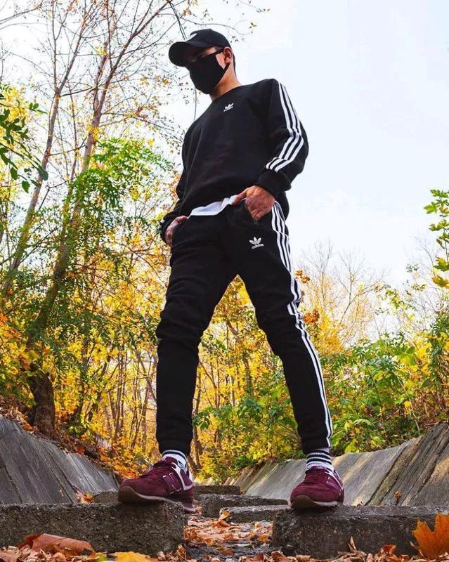 Теплый свитшот Adidas Badge черный - Фото 5