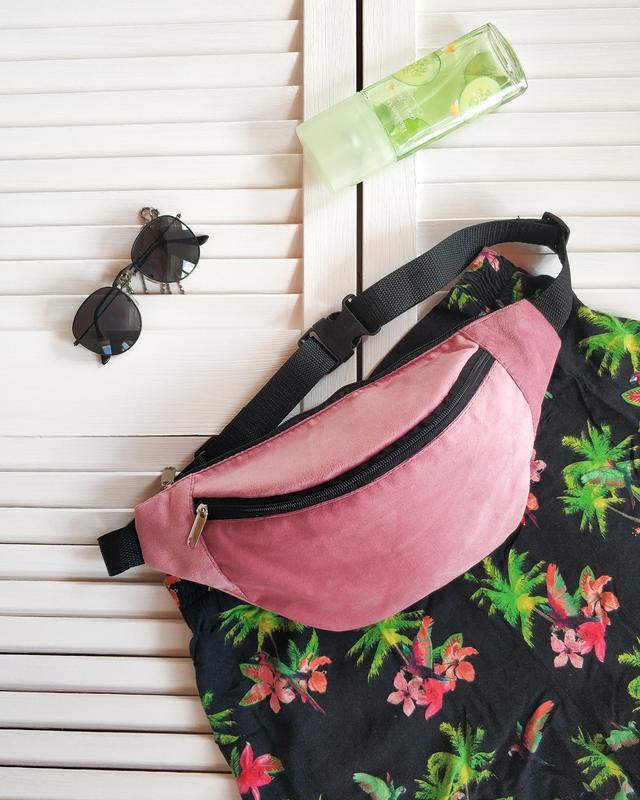 Бананка, сумка на пояс, светло розовая, бархат, велюр