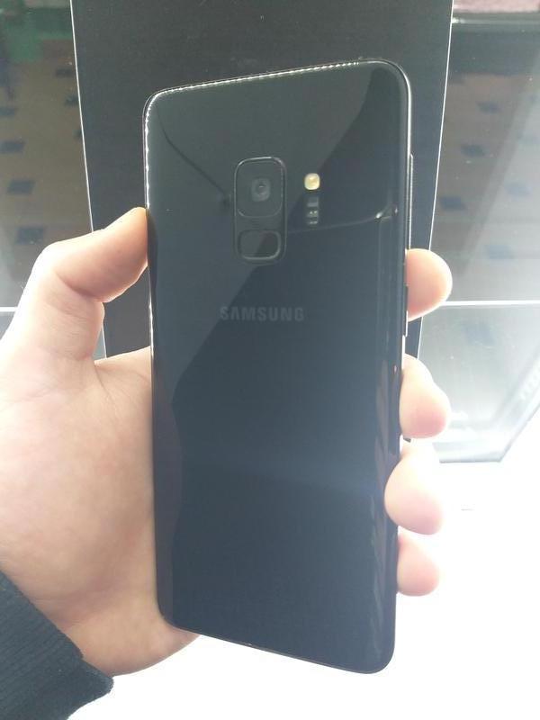 Samsung Galaxy S9 (SM-G960F) 4/64Gb Black - Фото 2