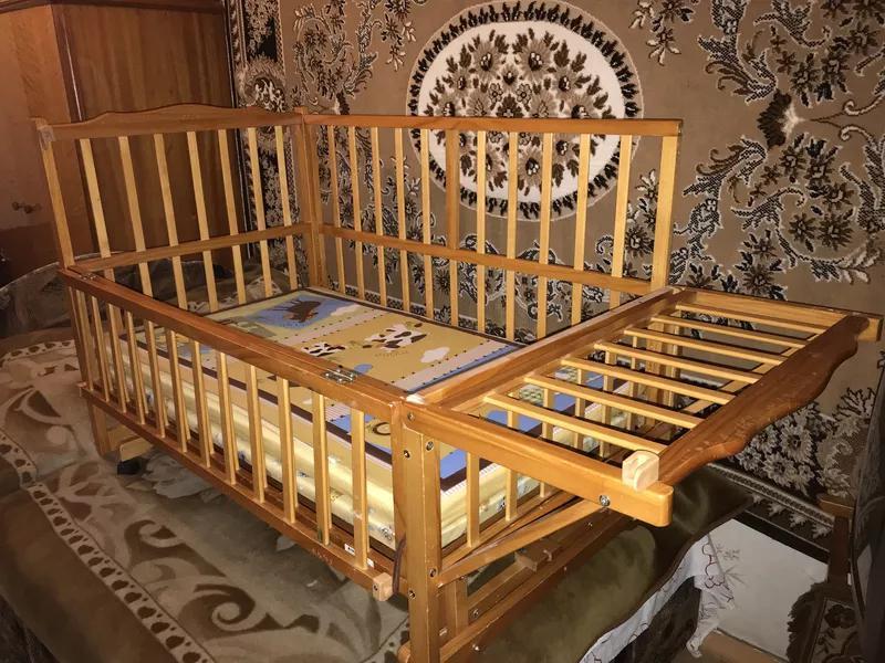 Детская кроватка Geoby Happy Dino (Хэппи Дино)