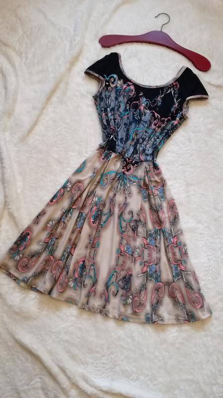 Платье миди р.38