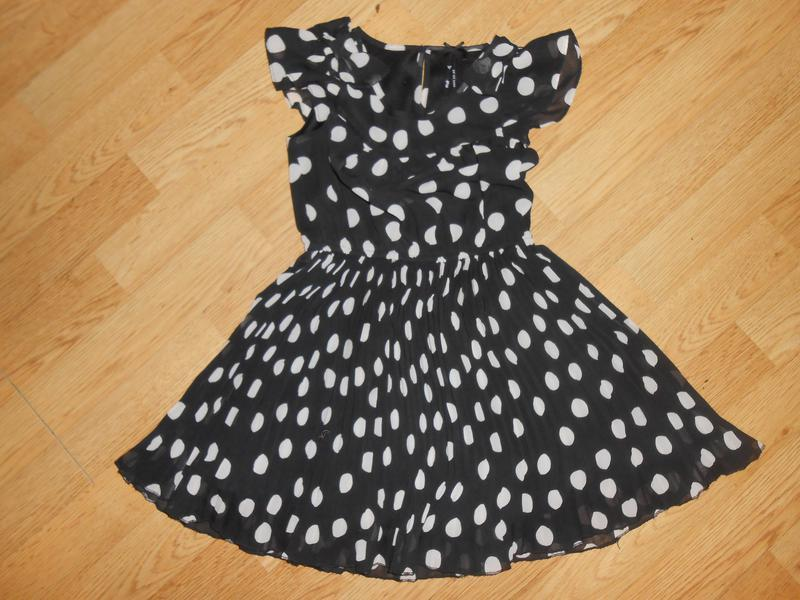 Платье на девочку 5 лет  шифоновое,нарядное   next