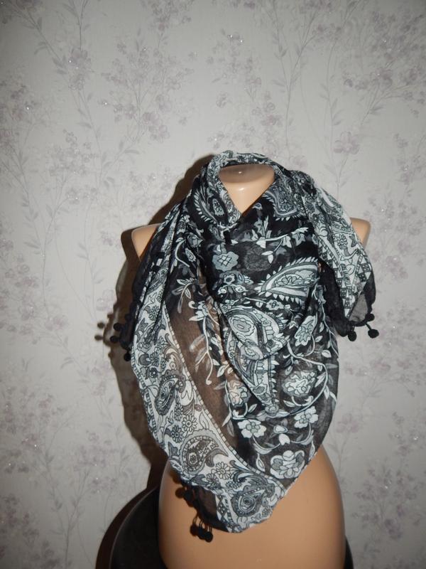 Платок стильный модный