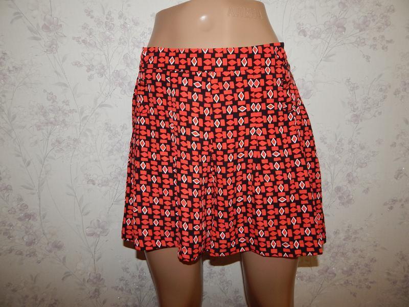Dunnes шорты-юбка стильные модные красные р8