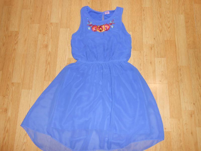 Платье на девочку  13-14 лет   f &  f