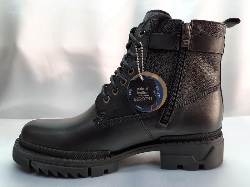Зимние кожаные ботинки-берцы на молнии bertoni