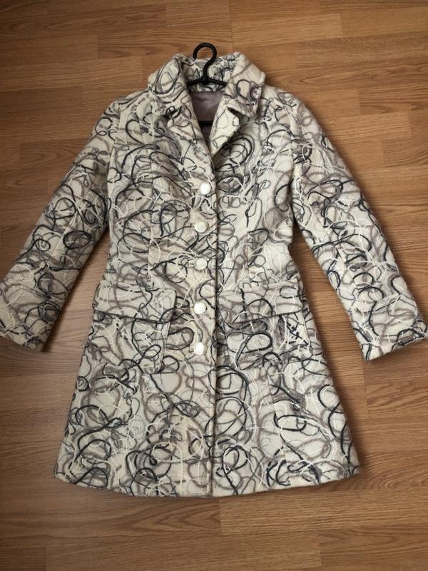 Эксклюзивное элегантное даже изысканное тёплое пальто на наш 4...