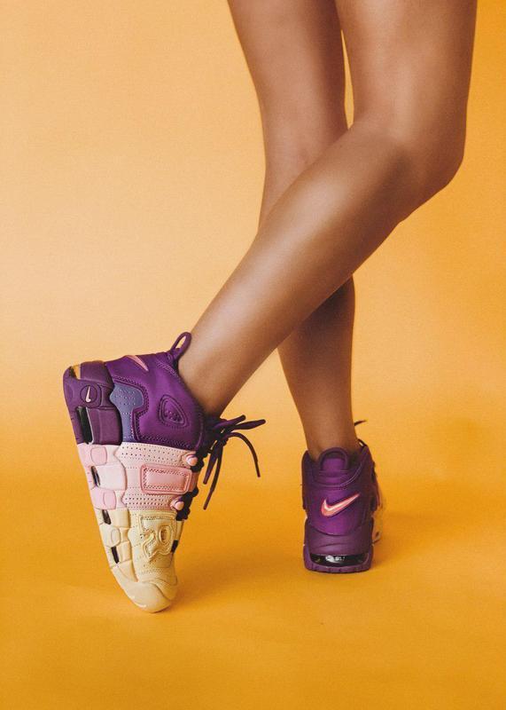Крутые женские кроссовки nike air more uptempo 😍