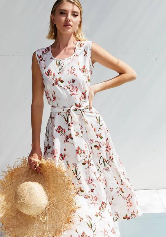???? светлое платье с цветочным принтом