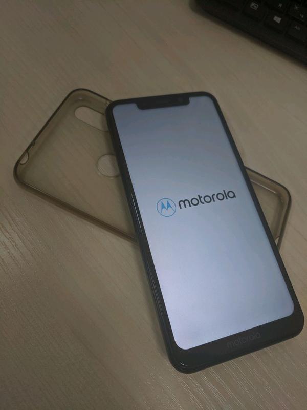 Смартфон Motorola One - Фото 3