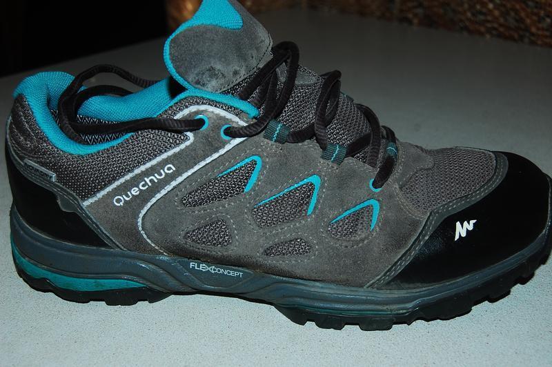 Quechua деми кроссовки 40 размер