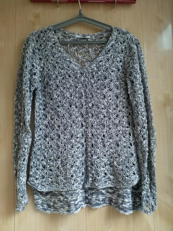 Оригиналный свитер