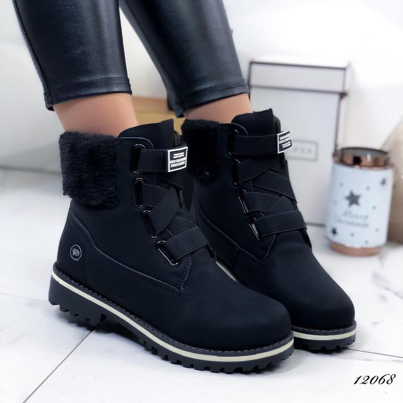 Чёрные ботинки на липучках,зимние ботинки на меху.