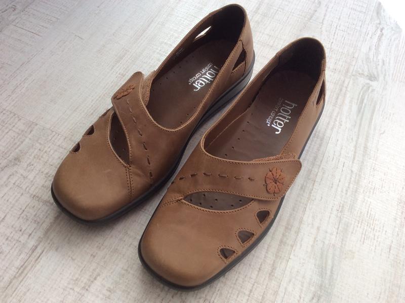 Кожаные туфли hotter