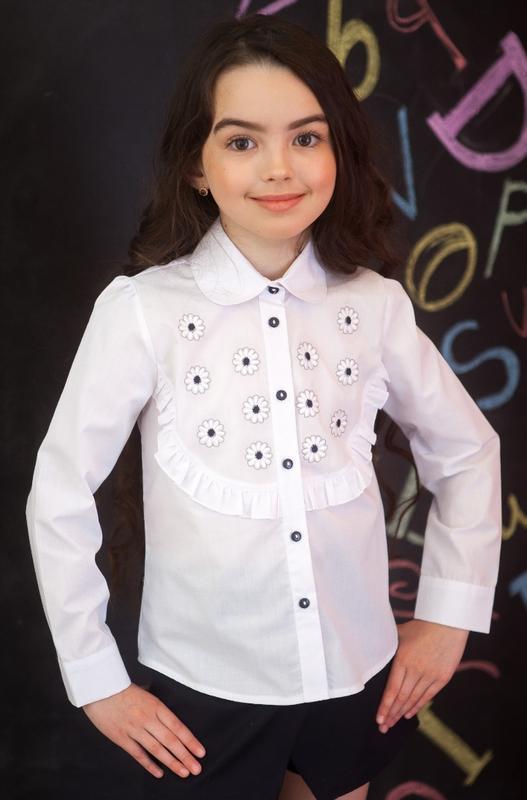 Блузка для девочки с вышивкой цветочки